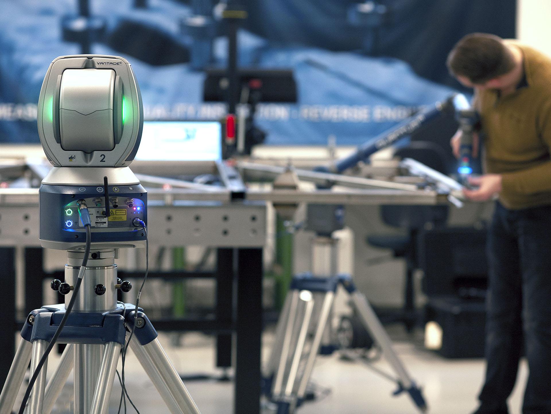 Productenspectie van een gelast frame met de laser tracker i.c.m. de meetarm